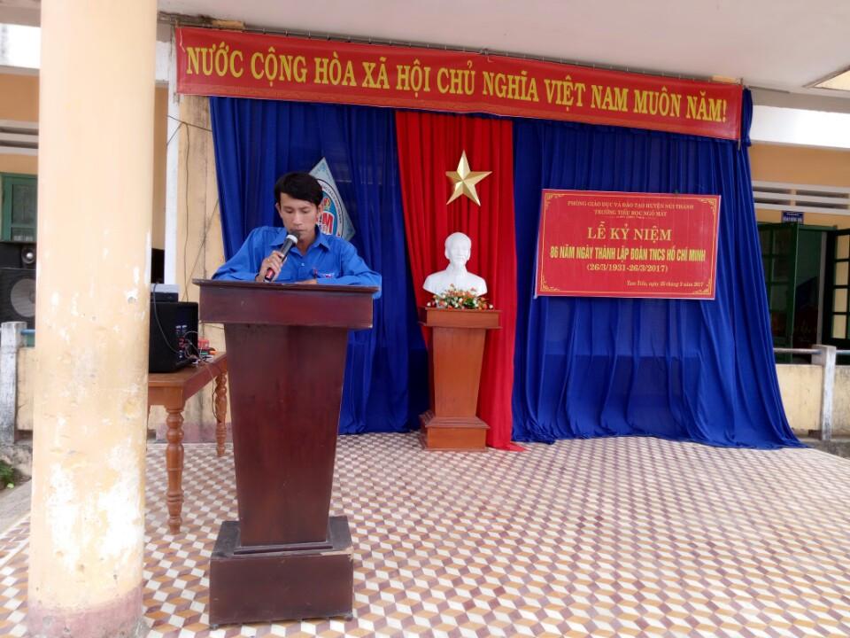 Thầy Phạm Phương - Bí thư Chi đoàn trường
